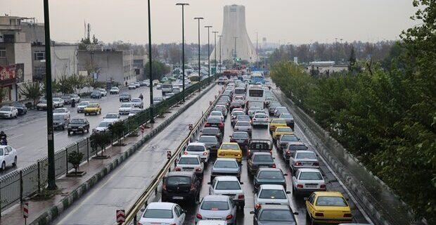 ترافیک سنگین معابر پایتخت در صبح دوشنبه