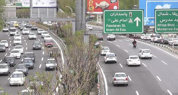 ترافیک معابر پایتخت خلوت ولی درحال شکل گیری است